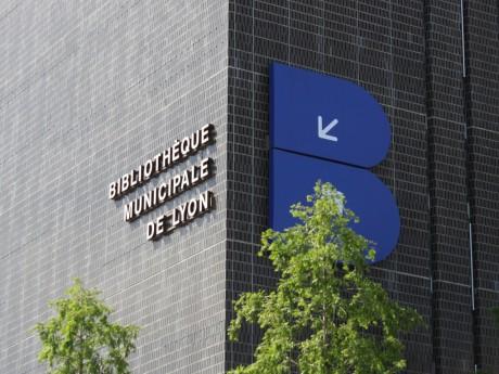 Lyon compte 14 bibliothèques d'arrondissement et une bibliothèque centrale - Lyonmag.com