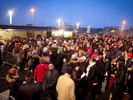 Des milliers de Lyonnais massés devant le tunnel samedi soir - DR