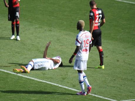 Nabil Fekir blessé lors de la victoire face à Rennes - Photo LyonMag