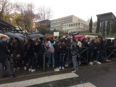 Le blocage du lycée Chabrières - DR