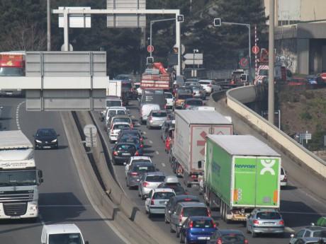 L'accident a entrainé des bouchons toute la matinée de lundi - Photo LyonMag.com