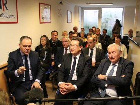 François-Noël Buffet (à gauche), Philippe Cochet (au centre), Michel Forissier (à droite) - LyonMag
