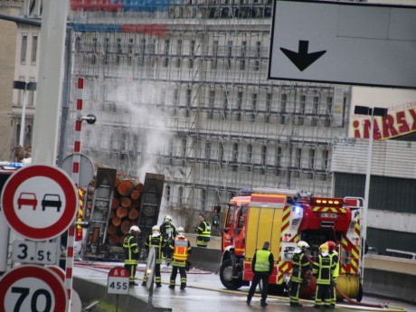 Les pompiers sont intervenus à la sortie du tunnel - Lyonmag.com