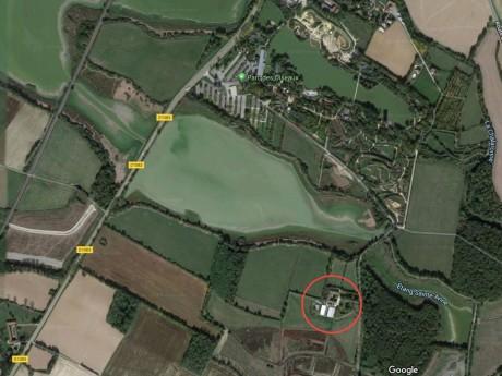 En rouge : emplacement du futur hôtel - Google Maps