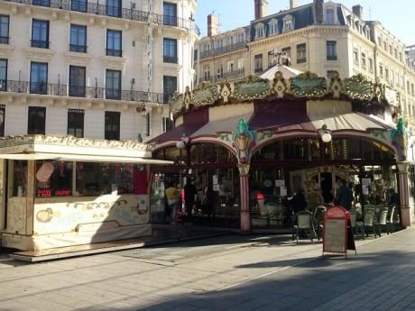 Le carrousel de la place de la République - LyonMag