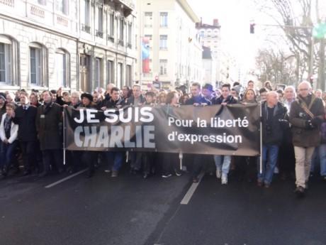La tête du cortège de la marche républicaine de Lyon - LyonMag