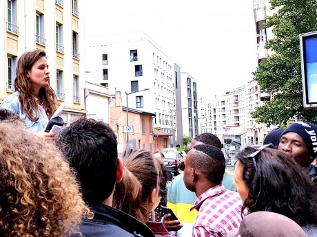 Clélie parle aux mineurs non accompagnés - LyonMag
