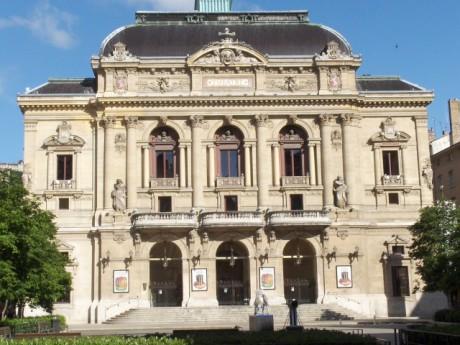 La façade du théâtre des Célestins - LyonMag
