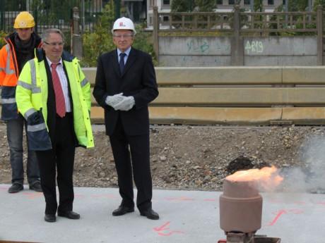 Gérard Collomb et Bernard Rivalta présents pour la soudure des rails du Tram T1 - LyonMag