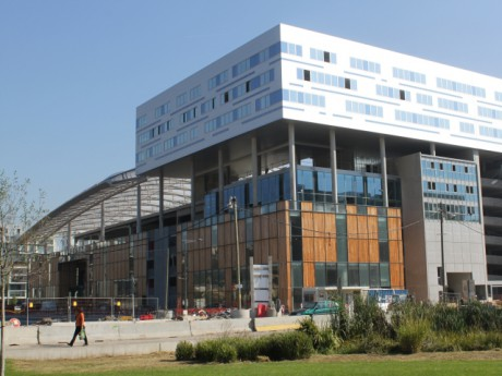 La proue du futur centre commercial de la Confluence - Photo Lyonmag.com
