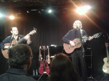 Corbier sur la scène d'A Thou Bout d'Chant - Photo LyonMag