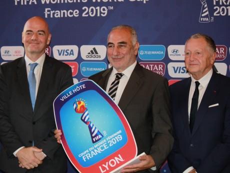 Gianni Infantino, Georges Képénékian et Jean-Michel Aulas - LyonMag