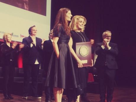 Catherine Deneuve avait reçu son Prix Lumière et avait rendu hommage aux agriculteurs - DR