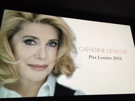Catherine Deneuve, prix Lumière 2016 - LyonMag