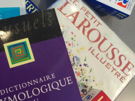 Le mot débarouler, qui fait partie du parler lyonnais, fait son entrée au Larousse - Lyonmag.com