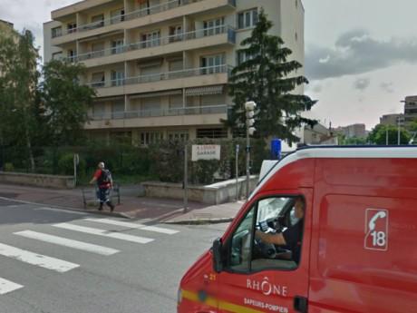 C'est dans cet immeuble de la route de Vienne que s'est produit le drame - photo DR Google