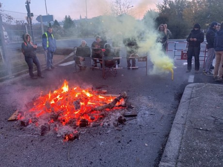 L'action de ce vendredi matin à la raffinerie de Feyzin - DR