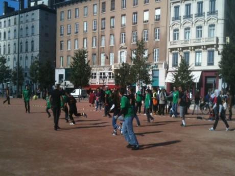 Le match de football place Bellecour samedi après-midi - LyonMag.com