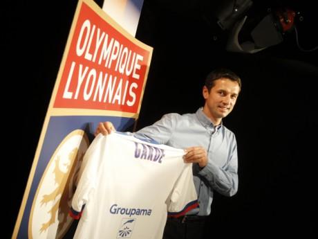 Rémi Garde lors de la signature de son premier contrat - Photo Lyonmag.com