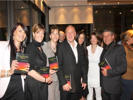 L'équipe du Guide des artisans référents autour du directeur Pascal Boyer - DR Julien Smati