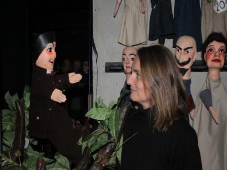 Stéphanie Lefort et la célèbre marionnette - Lyonmag