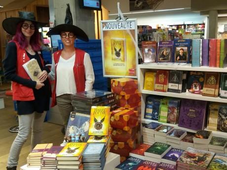 Jéromine Duvert et Isabelle Roibet sont déjà prêtes à la librairie Decitre de Confluence - LyonMag