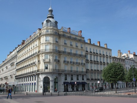 L'Hôtel Royal, place Bellecour à Lyon - LyonMag