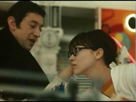 Serge Gainsbourg et Anna Karina dans Anna - DR