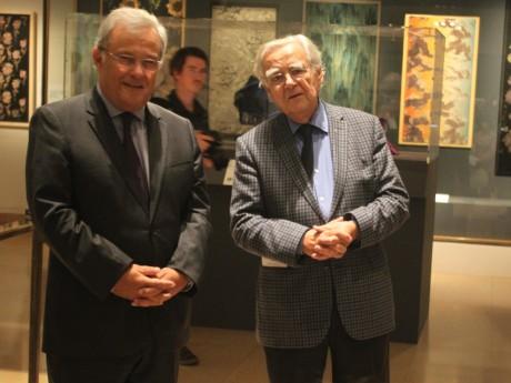 Emmanuel Imberton et Bernard Pivot au Musée des Tissus - LyonMag