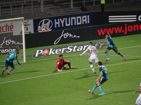 L'action manquée du match, signée Yassine Benzia - LyonMag