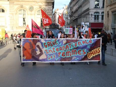Le cortège de 400 personnes ce jeudi à Lyon - LyonMag