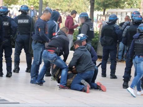 Une interpellation menée ce samedi place Bellecour - LyonMag