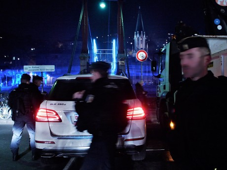Ladite voiture suisse lors du contrôle routier - LyonMag