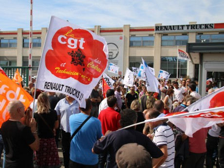 Les manifestants ce jeudi matin - LyonMag