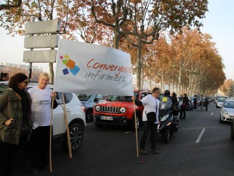 Les médecins et urgentistes avaient manifesté vendredi dans Lyon - LyonMag