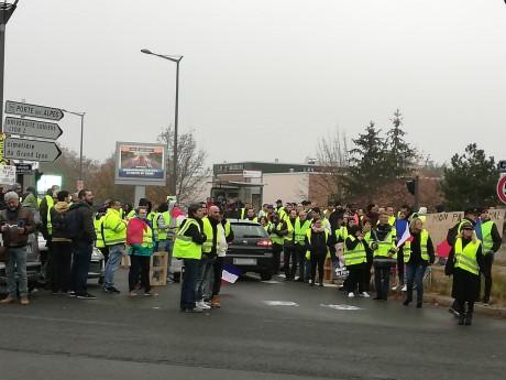 Gilets Jaunes 70 De Chiffre Daffaires Pour Auchan Saint