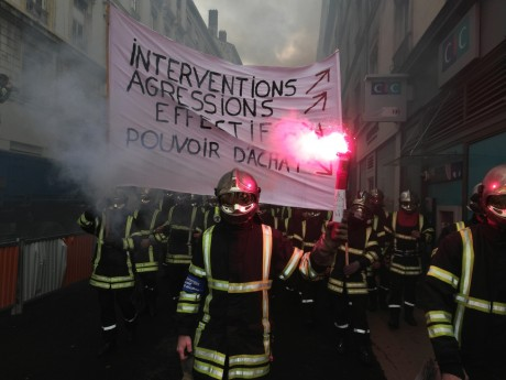 Les pompiers défilent dans Lyon ce mardi - LyonMag