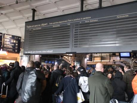 Le hall de la gare de la Part-Dieu, éteint - LyonMag