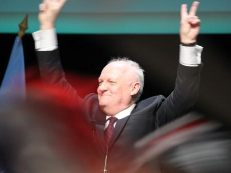 Un meeting débuté mardi et conclu mercredi pour François Asselineau - LyonMag