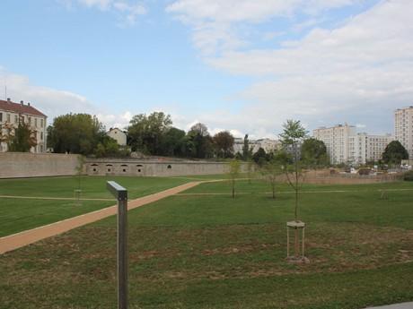 Trois hectares de pelouse et de prairies entre le 7e et le 8e - LyonMag