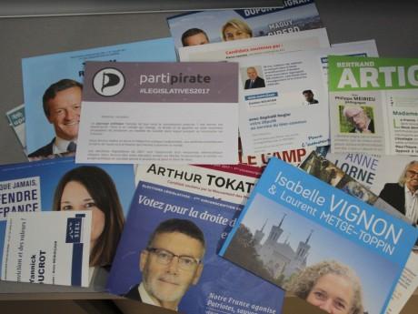 Des professions de foi de candidats aux législatives 2017 dans le Rhône - LyonMag
