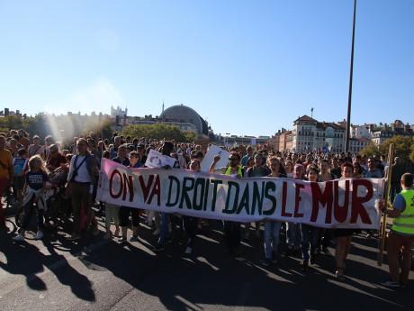 La mobilisation était grande ce samedi contre le dérèglement climatique - LyonMag