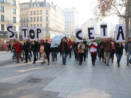 Les manifestants anti-CETA à Lyon - LyonMag