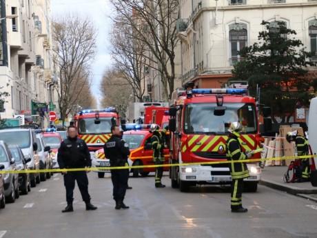De nombreux pompiers sur place, la circulation bloquée - LyonMag