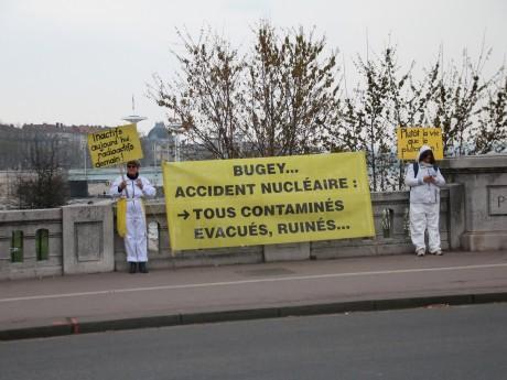 Les militants ont réclamé la fermeture du Bugey - LyonMag