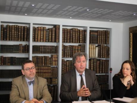 Pierre-Yves Joly (à gauche) et Philippe Genin (au centre). - Photo Lyonmag.com