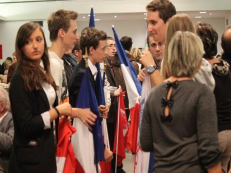 Les Jeunes avec Copé lors de son meeting à Caluire - LyonMag