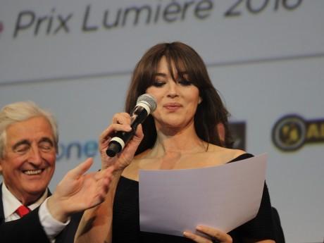 Monica Bellucci volait la vedette à Catherine Deneuve, pas encore arrivée à Lyon - LyonMag