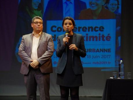 Najat Vallaud-Belkacem et son suppléant Didier Vullierme, lors de leur réunion de proximité à Villeurbanne - LyonMag
