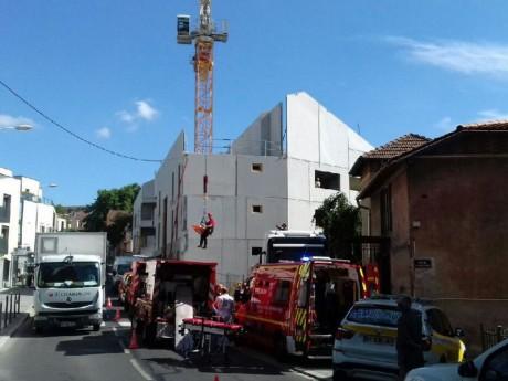 Intervention des pompiers depuis la grue - DR France3